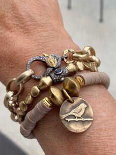 Bohemian Jewelry, Diy Jewelry, Beaded Jewelry, Jewelry Bracelets, Jewelry Accessories, Bangles, Jewelry Making, Jewellery, Artisan Jewelry