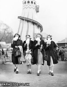The Festival of Britain - London - candy floss Vintage London, Old London, East London, London History, British History, 1950s Teenagers, British Seaside, Four Sisters, Vintage Photography