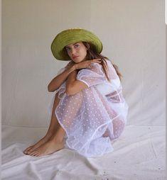Gala Gonzalez, Girls Dresses, Flower Girl Dresses, Cold Shoulder Dress, White Dress, High Neck Dress, Journal, Wedding Dresses, Style