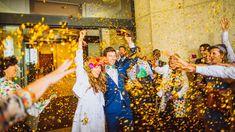 Idée sortie cérémonie. Confettis. Glitters. Mariage cool, surf. Biarritz. Pays Basque.