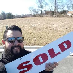 Just sold a great Cul-de-Sac lot in deep creek 1/2 acre. Clients picking out finishes tomorrow. #newhome #newconstruction #realtor #realestate #chesapeake #757 #brrr #selfie #sold
