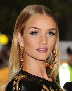 Rosie Huntington-Whiteley Wearing Balmain Dress – 2014 Met Costume Institute Gala, Rosie Huntington-Whiteley latest photos