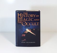 History of Magic and the Occult by Kurt Seligmann (1997, Hardcover) Very Good