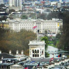 Buckingham Palace viewed from the London Eye  #london #londoneye #england #travel #traveller #travelgram #wander #wanderer #wanderlust #worldtraveler #worldcaptures #worldtravel #worldwanderer #global #globalcaptures #adventure #adventurer #adventureisoutthere #travelpics by worldwanderer94