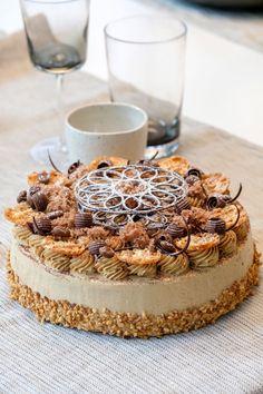 Dutch Recipes, Sweet Recipes, Baking Recipes, Cake Recipes, Dessert Recipes, Netherlands Food, Chocolate Tiramisu, Mocha Cake, Sweet Pie