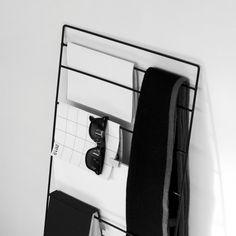 Minimalist Magazine Rack by Álvaro Díaz Hernández