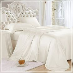 Buy machine washable silk duvet cover set AU from the finest seamless Mulberry silk. Naturally hypoallergenic and resistant to dust mites. Duvet Sets, Silk Bedding, Solid Duvet, Silk Bed Sheets, Duvet, Silk Pillowcase, Duvet Cover Sets, Black Bed Linen, Silk Bedding Set