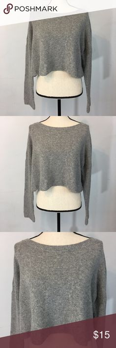 """Urban Outfitters Cooperative cropped sweater gray gently used in good condition Measurements were taken with garment laying flat and are approximately: side to side measurements: armpit-armpit: 27"""" shoulder to hem LENGTH: 17"""" Cooperative Sweaters Crew & Scoop Necks"""