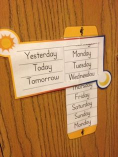 Link and information to a great website with educational printable for kids. This blog entry is about Days of the week practice