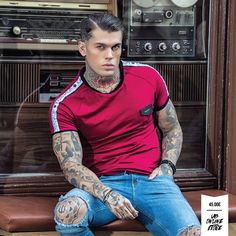 Stephen James with Burgundy Ribbon Tee by Gianni Kavanagh! Streetwear Online, Streetwear Fashion, Stephen James Model, Urban Fashion, Mens Fashion, Model Outfits, Hot Guys, Shirt Designs, Street Wear