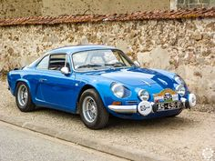 Vintage Cars : Illustration Description Alpine Plus Alpine Renault, Renault Sport, Alpine Car, Peugeot, Top Cars, Car In The World, Exotic Cars, Luxury Cars, Vintage Cars