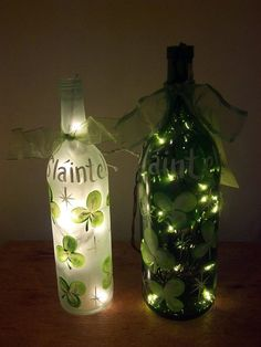 Looking for some Wine Bottle DIY ideas? What about some St. Explore loads of brilliant Wine bottle crafts & have fun. Recycled Wine Bottles, Wine Bottle Art, Painted Wine Bottles, Lighted Wine Bottles, Bottle Lights, Wine Bottle Crafts, Bottles And Jars, Small Bottles, Bottle Lamps