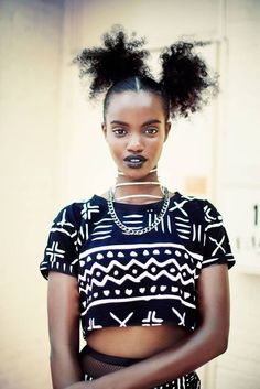 Afro Punk Fever Is In The Air - 40 Women Who Inspire Us With Eclectic Afro Punk Style - Afro punk fashion - African Inspired Fashion, African Fashion, Ethnic Fashion, Fashion Black, Black Is Beautiful, Beautiful People, Punk Mode, Style Afro, Moda Afro