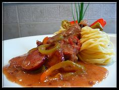 Sausage, Spaghetti, Food And Drink, Beef, Chicken, Ethnic Recipes, Food And Drinks, Meat, Sausages