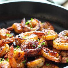 Honey Garlic Shrimp Skillet Recipe Main Dishes with shrimp, garlic, ginger, honey, soy sauce Shrimp Dishes, Fish Dishes, Shrimp Recipes, Fish Recipes, Main Dishes, Skillet Shrimp, Cooking Recipes, Healthy Recipes, Salads
