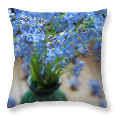 Combination of blue and green. Image of forget me nots printed on pillow. Camera Art, Nature Artists, Nature Artwork, Green Vase, Flower Pillow, Decor Ideas, Gift Ideas, Pin Pin, Pillow Sale