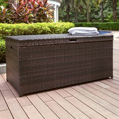 Stylishly store outdoor cushions, throws, and pool towels in our Pinamar Storage Chest. Constructed of durable handwoven resin wicker on a sturdy steel frame, it's an attractive storage solution for the porch or patio.