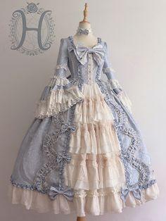 Old Fashion Dresses, Old Dresses, Fashion Shirts, Pretty Outfits, Pretty Dresses, Beautiful Dresses, Cosplay Dress, Cosplay Outfits, Lolita Fashion