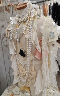 Shabby chic dress form display for jewelry ❤❤