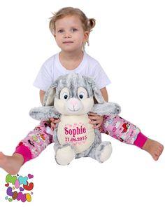 """Gefällt 62 Mal, 0 Kommentare - Baby & Kinder (@mikuliniii) auf Instagram: """"Pünktlich zum heutigen #dickbauchdienstag ist das graue Häschen wieder für euch im Shop verfügbar.…"""" Baby Kind, Teddy Bear, Toys, Animals, Instagram, Cuddling, Kids, Activity Toys, Animales"""