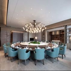 Winter decoration ideas at home wintery motive serving board - ENGILISH MODELB Dining Room Blue, Luxury Dining Room, Dining Room Design, Luxury Living, Dining Rooms, Victorian House Interiors, Showroom Interior Design, Decor Home Living Room, Country House Interior