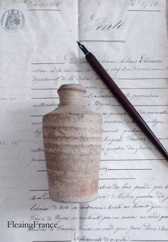 FleaingFrance....antique ink bottle
