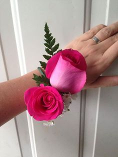 Riviera Maya Weddings bodas / corsage hot pink / fuscia
