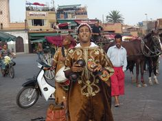 musicien place jemaa el fna a marrakech