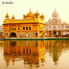 Beautiful Good Night Quotes, Beautiful Places, Baba Deep Singh Ji, Indiana, Guru Nanak Ji, Harmandir Sahib, Golden Temple Amritsar, Indian Architecture, India Travel