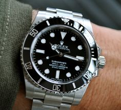"watchworkshaarlem: "" The No-Date Rolex Submariner ref. 114060 Such a clean and timeless watch, Beautiful! Not much changed since it's introduction in But hey, why mess with perfection :) "" Rimowa Luggage, Types Of Handbags, Rolex Submariner No Date, Rolex Watches For Men, Men's Collection, Vintage Watches, Clocks, Bond, Stuff To Buy"