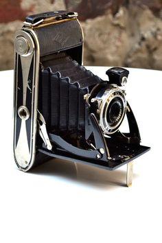 Vintage Bazaar  Agfa Folding Camera 1930s  $89.00 $169.00  47% off