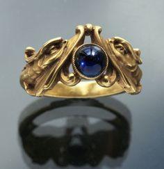 Gold sapphire art nouveau ring #GoldJewelleryArtNouveau