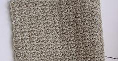 Endnu en hæklet karklud. Denne gang i mønsteret Fletværk. Når de første par rækker er hæklet er det et meget hurtigt og nemt mønster at h...