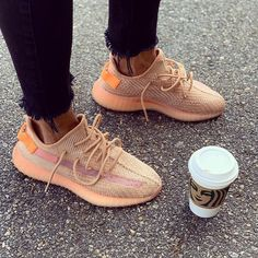 Stunning 46 Extraordinary Yeezy Shoes Ideas For Casual Style Everyday That Will Amaze Everyone Yeezy 350 Shoes, Yeezy Sneakers, Shoes Sneakers, Shoes Men, Shoes Sandals, Aesthetic Shoes, Hype Shoes, Fresh Shoes, Nike Shoes