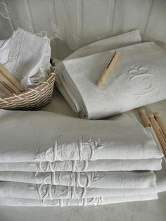 linge ancien 12 serviettes de table damassé pur lin monogramme JB