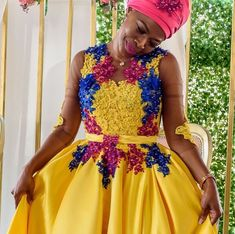 Wedding Dresses South Africa, African Wedding Attire, African Attire, African Dress, Pedi Traditional Attire, Traditional Wedding Attire, Traditional Outfits, African Traditional Wedding Dress, African Fashion Traditional