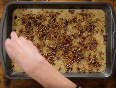 Le délicieux gâteau maison de grand-maman - Desserts - Ma Fourchette Pain, Red Velvet, Cupcakes, Bread, Food, Crushed Pineapple, Sweet Desserts, Dessert Recipes, Sugar