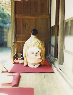 I want to attend an authentic Japanese tea ceremony- I will do this one day.