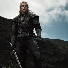 Henry Cavill Reveals First Look At Geralt Of Rivia In New Netflix Series 'The Witcher' The Witcher Series, The Witcher Books, New Netflix, Netflix Series, Tv Series, The Witcher Geralt, Ciri, Witcher Art, Monster Hunter