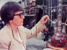 Meet Stephanie Kwolek who invented the synthetic fibers used in Kevlar body armor. Her discovery will continue to keep people safe long after she's gone.