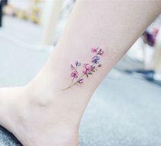 Tatuajes adorables de la flor