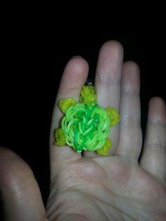 Little Rainbow Loom Turtle @Kathleen Nicole Balsamo