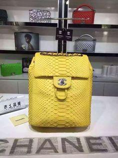 Prada Women's Black Vitello Phenix Shopping Tote Chanel Beach Bag, Buy Chanel Bag, Vintage Chanel Bag, Chanel Backpack, Chanel Store, Chanel Wallet, Chanel Purse, Chanel Handbags