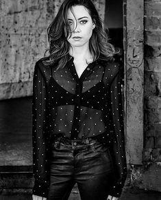 Aubrey Plaza for New York Moves Magazine 2018 Aubrey Plaza, Demi Moore, Diane Lane, Bon Jovi, Trendy Tops, Cute Tops, Cheap Womens Tops, Belleza Natural, American Actress