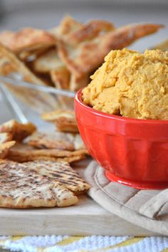 So I actually made this hummus way back on Thanksgiving, but wanted to hold off on posting it so that you wouldn't go into hummus recipe overload. When I made it, I was shooting for a simple, almos...