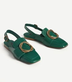 uterque leather flat buckle shoes