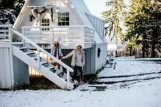 Cozy Cabin Couple Portraits in Hood River, OR