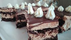 I am pretty sure that this is the absolute MOST DELICIOUS thing I have ever eaten.If you area chocoholic like me, you will just want to eat this for Greek Desserts, Party Desserts, Greek Recipes, Canning Recipes, Cookbook Recipes, Sweets Cake, Cakes And More, Food Styling, Deserts