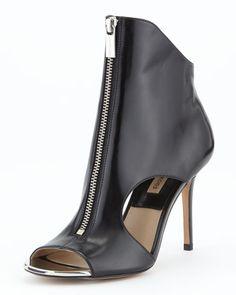 Michael Kors -  Mila Zip-Front Sandal