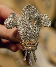 Elizabeth Taylor's The Prince of Wales Brooch